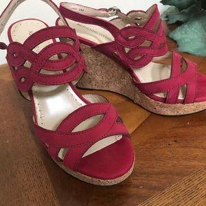 Adrienne Vittadini Wedge Sandal ❣️